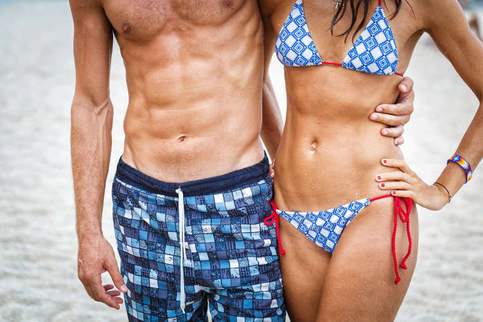 couple with defined abs